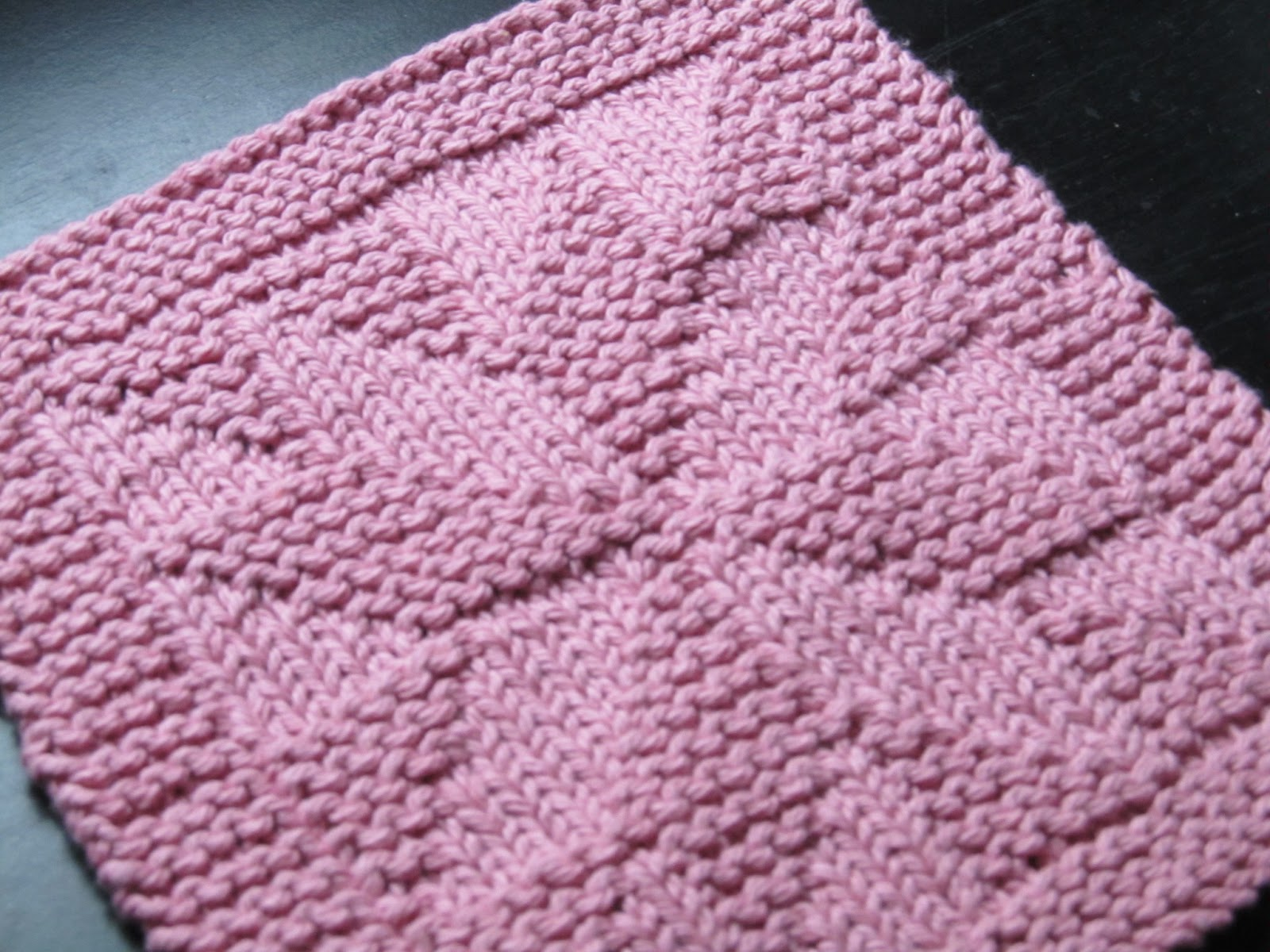 Simple Dishcloth Knitting Pattern : Knitted Cotton Dishcloths Car Interior Design