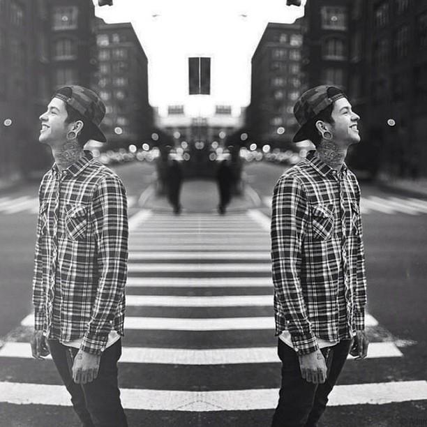 Cuando vuelves abrir los ojos, y ves que estas sola, es cuando realmente sientes que eres libre.