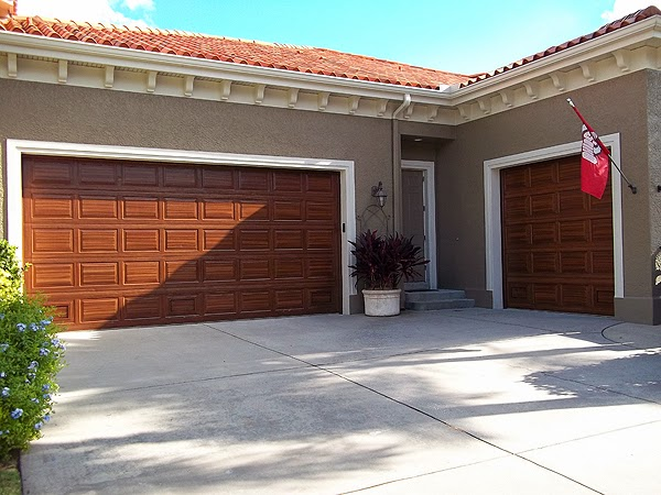 Painting both garage doors complete everything i create for Garage door repair round lake il