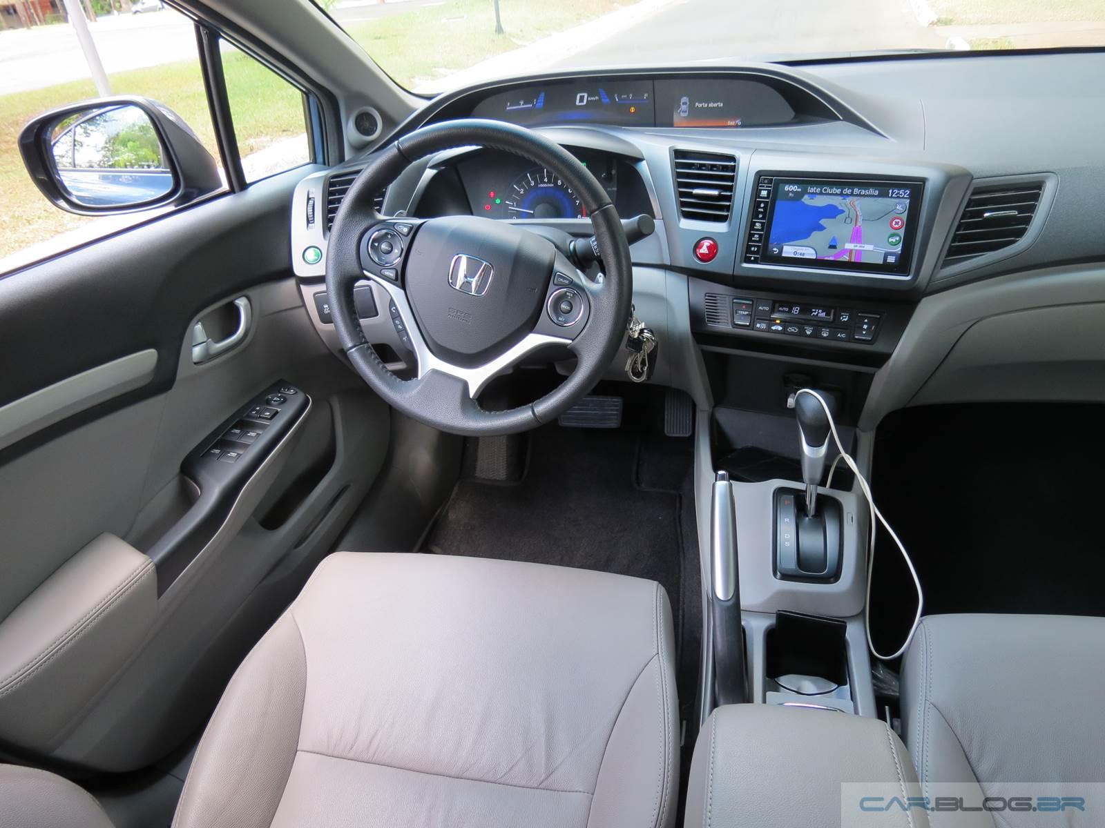 Honda Civic EXR 2.0 - interior - painel