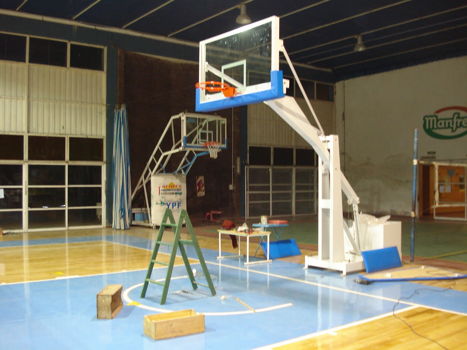 Basquet en freyre el basquet de freyre for Comedor 9 de julio freyre