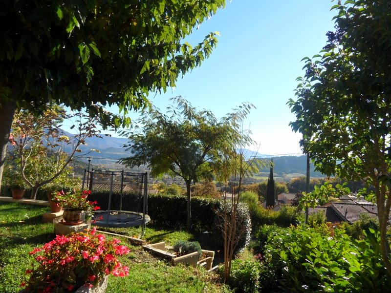 Vendu villa a peipin sisteron sud 04200 terrasse couverte for Jardin 04200