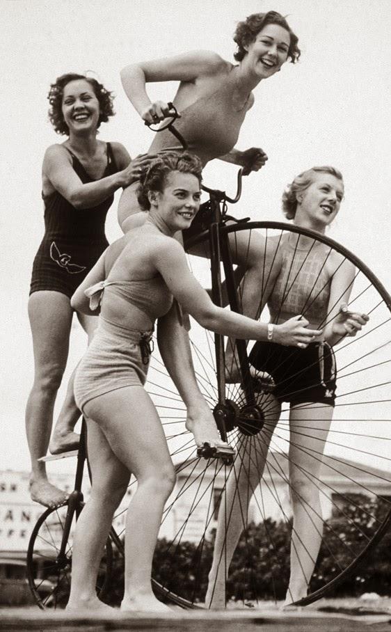 Vintage Photos of Sennett Bathing Beauties, ca. 1915