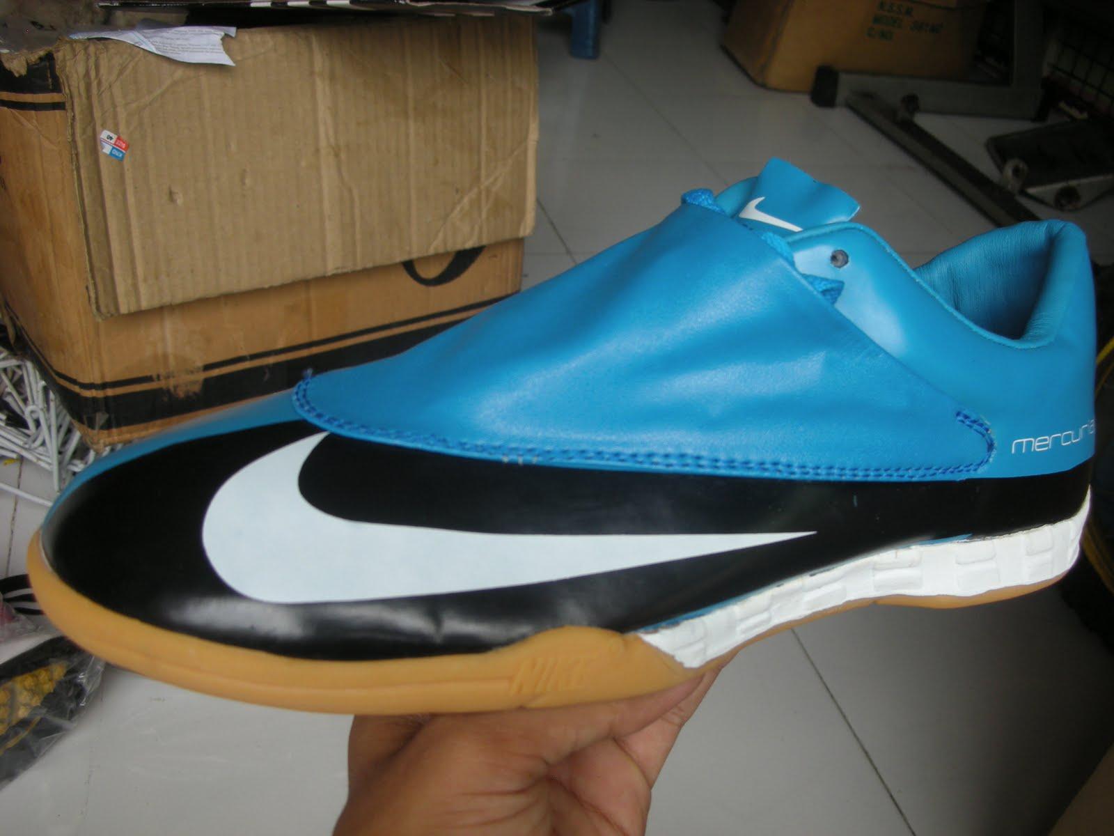 Toko Sepatu Futsal Online