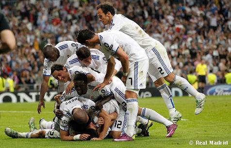 [Image: Real_Madrid_-_Tottenham1.jpg]