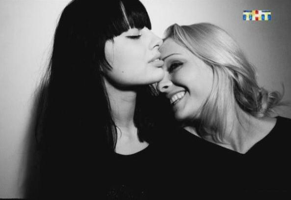 Наташа варвина и ксения бородина - 13