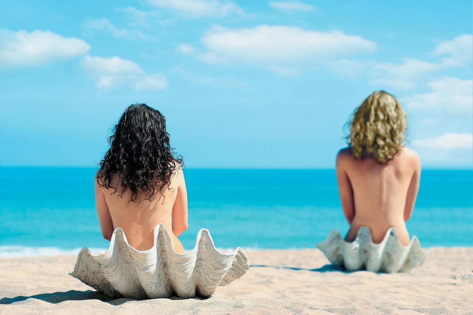 Фото Нудистов На Море Смотреть Бесплатно
