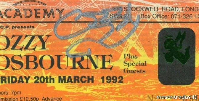 entrada firmada por ozzy osbourne