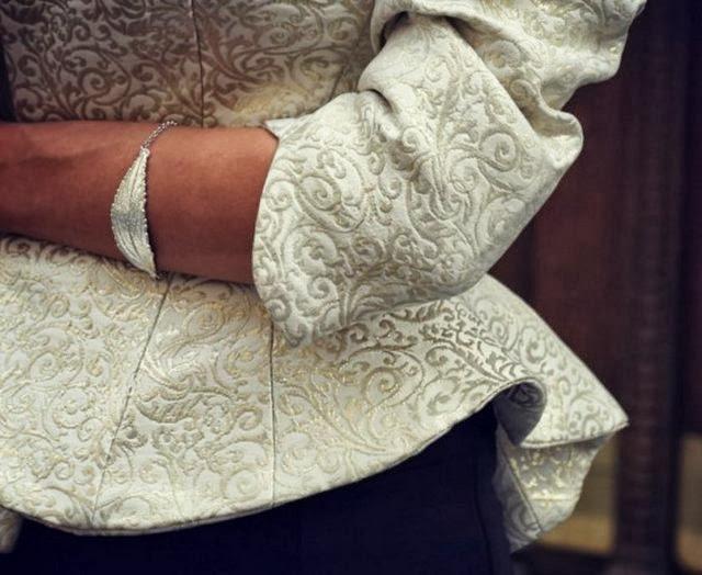 Barok desenli elbiseler