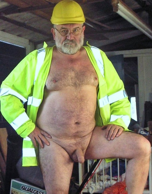 worker daddybears