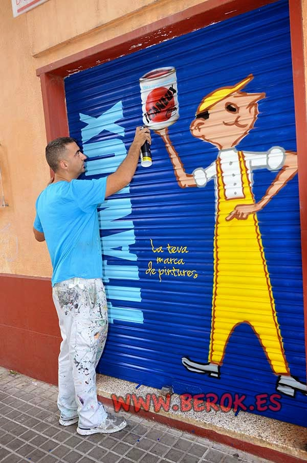 Graffiti mural de Juanito con pintura Titanlux