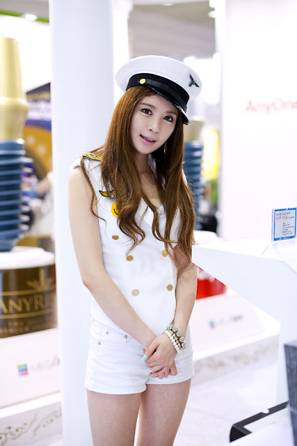 5 Lee Yeon Ah at SIDEX 2012-very cute asian girl-girlcute4u.blogspot.com