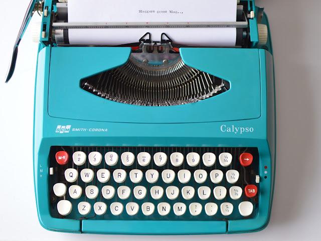 Vintage Typrewriter