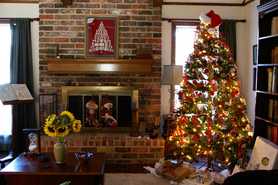 Old Style Christmas Tree Decorating Ideas for 2012