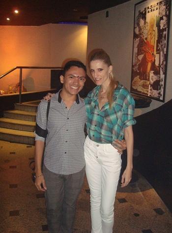 Eu e Geanine Marques Cantora e modelo.