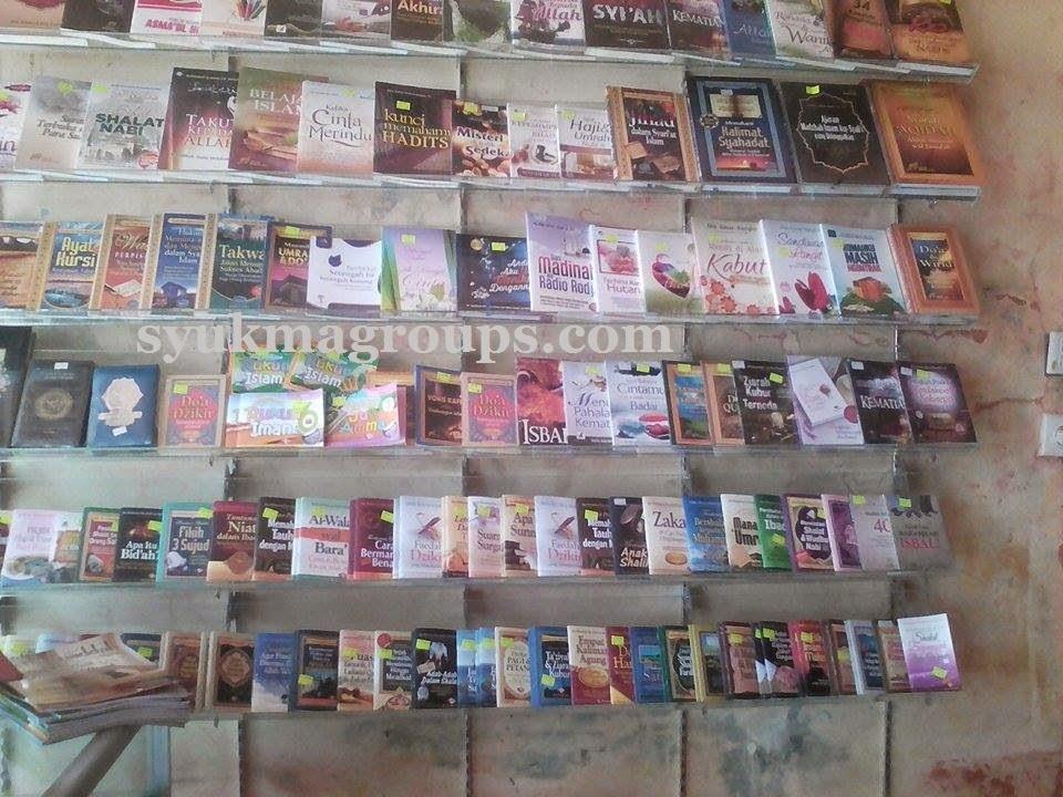 buku Islam di Padang
