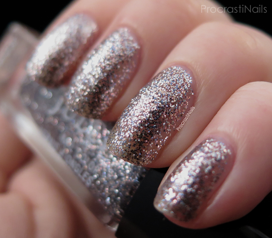 Swatch of the platinum glitter Julep Chatoya