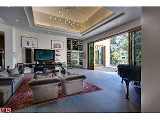 33 Coolest House on Caravan: 142 S Canyon View Dr.   Brentwood