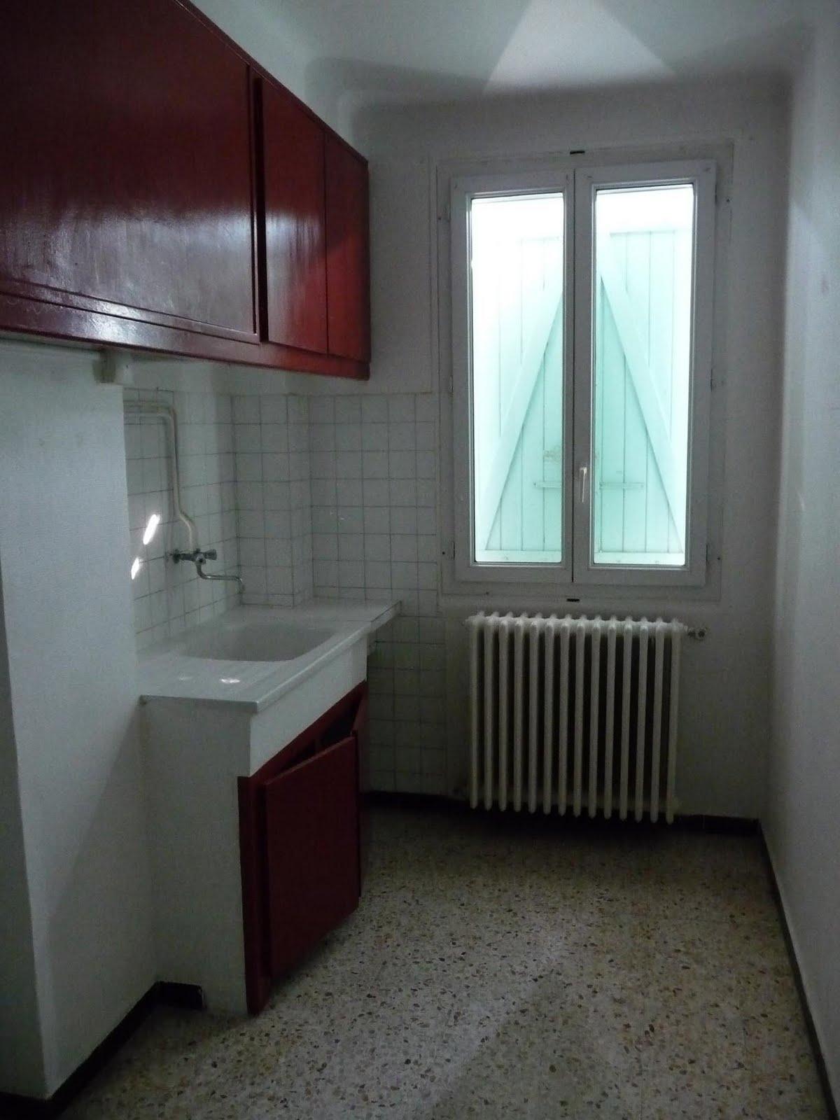 les petites combines d 39 hanae petite pi ce petit budget cuisine blanche grise au go t r tro. Black Bedroom Furniture Sets. Home Design Ideas