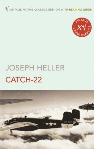 CATCH 22 - 1961 - BY JOSEPH HELLER - HARDCOVER - 443 PAGES