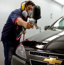 Monta un servicio de pintura para autos