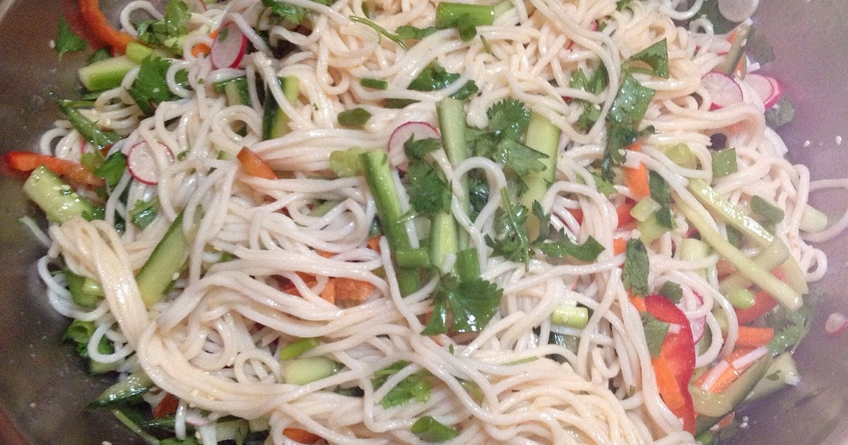 Frazgo Feasting: Chow Mein Salad, perfect for a summer ...