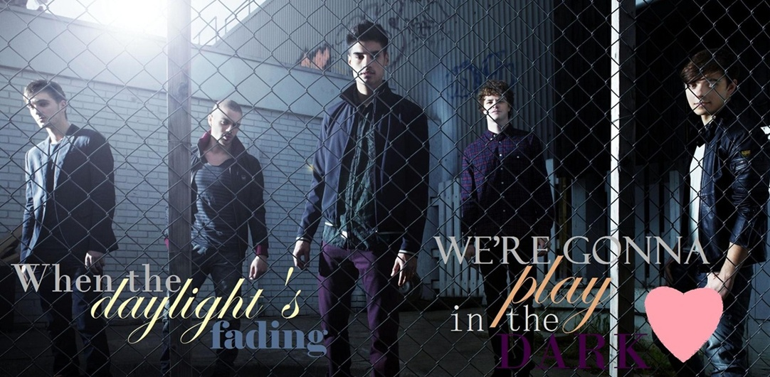 When the daylight's fading, we're gonna play in the dark... ♥