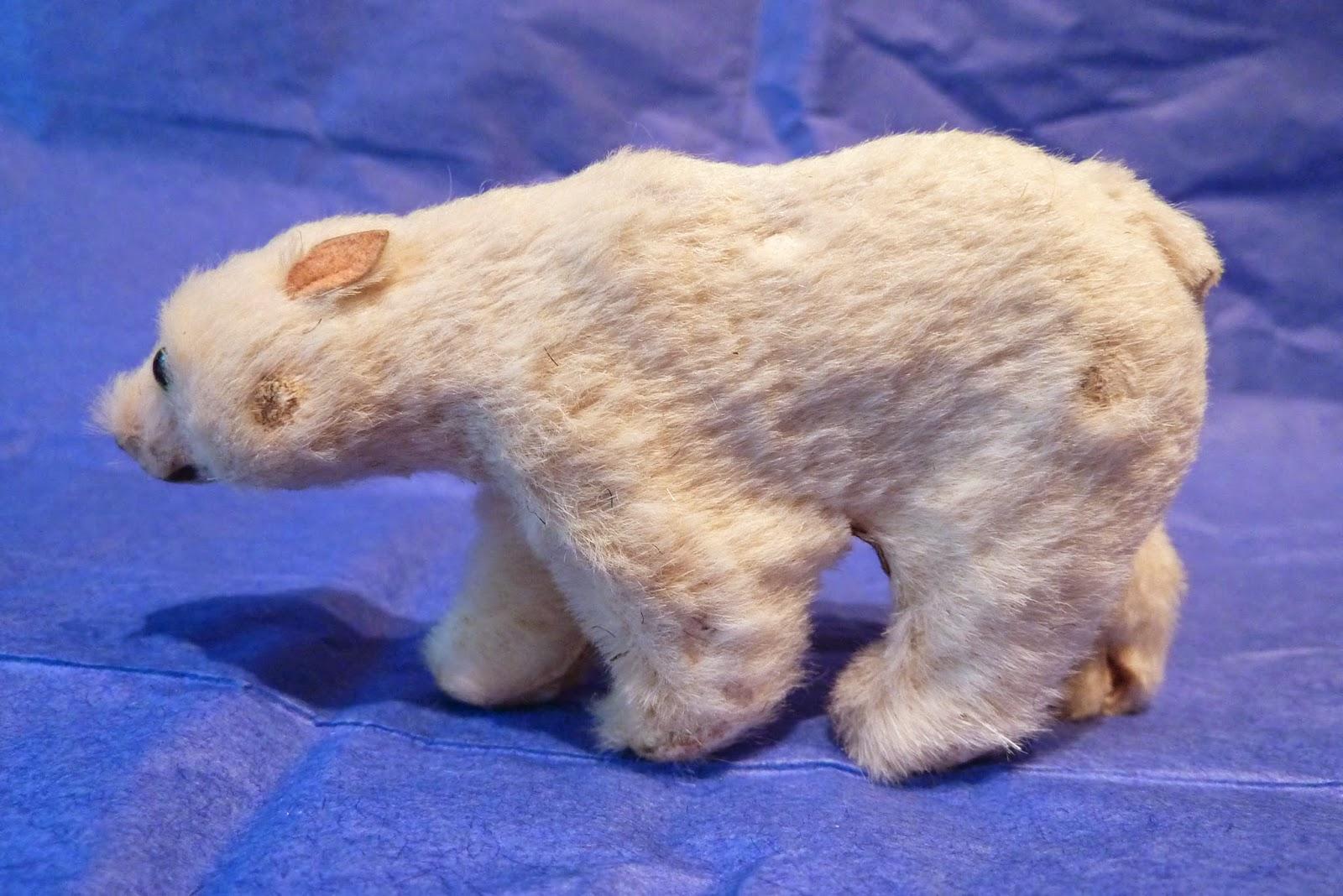 Bear fur strips entertaining