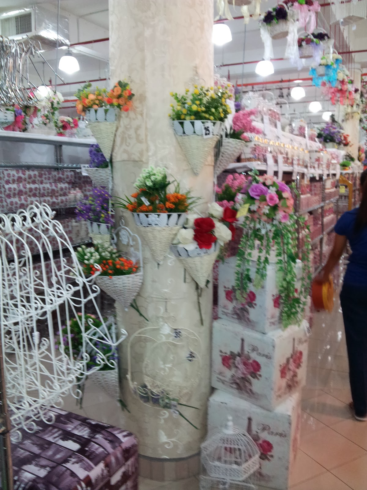 Sesuci kasih shopping kt romantika home deco kajang for Ica home decor