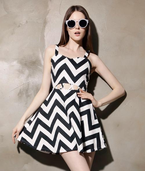 Zigzag Cut Out Dress