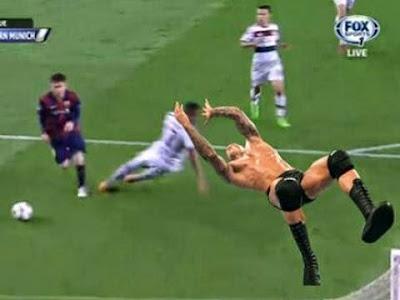 Humilié par Messi, Jerome Boateng devient la risée d'Internet #MESSI #Boateng