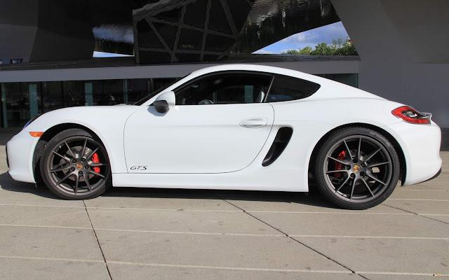 Porsche Cayman GTS 2016