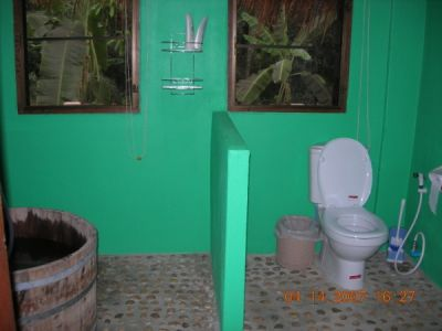 My thailand adventure thai washrooms for Normal bathroom designs