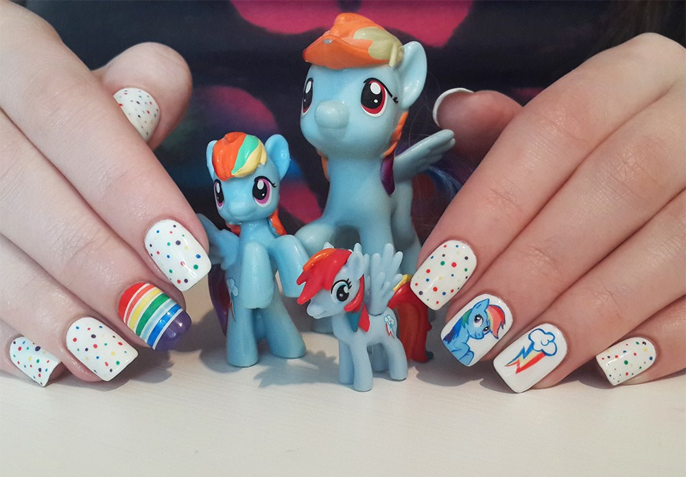 Ideas: uñas decoradas con personajes de caricaturas   moda y ...