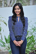 Nithya Shetty dazzling photo shoot-thumbnail-9