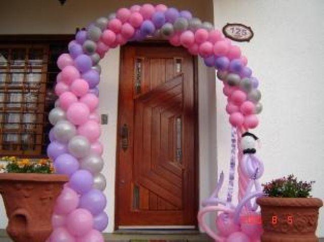 Como fazer arco de balões Passo a passo em vídeo Como Faz Tudo -> Decoração Com Balões Como Fazer Passo A Passo