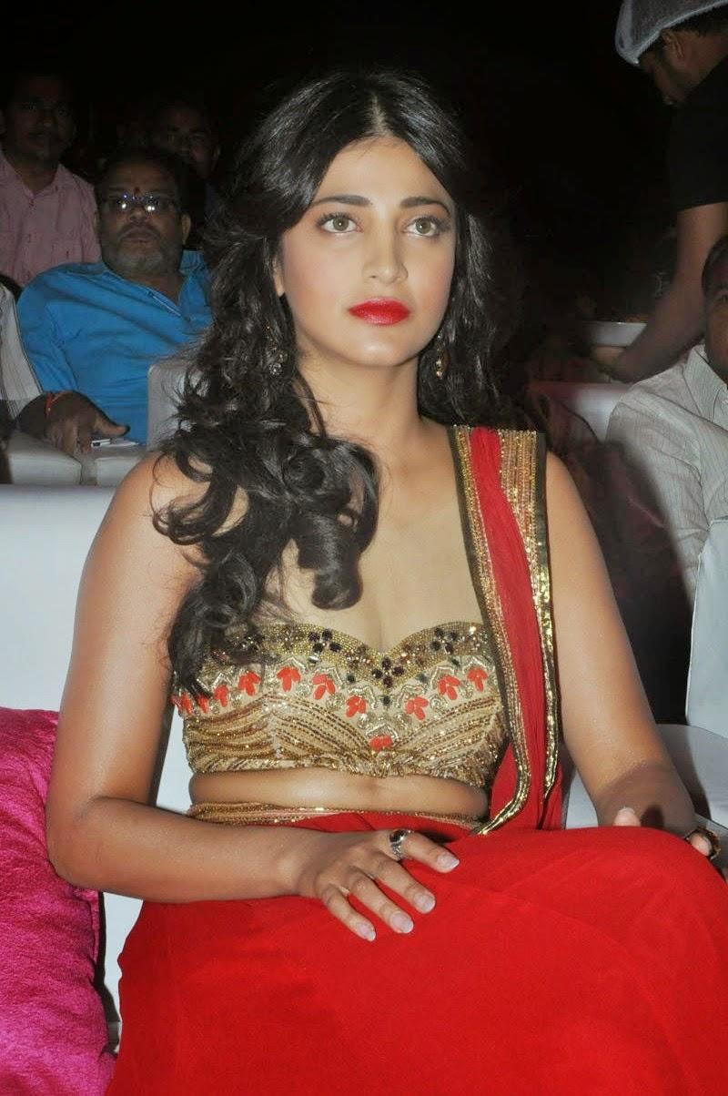 Shruti Haasan at Pooja Telugu Movie Audio Launch Event