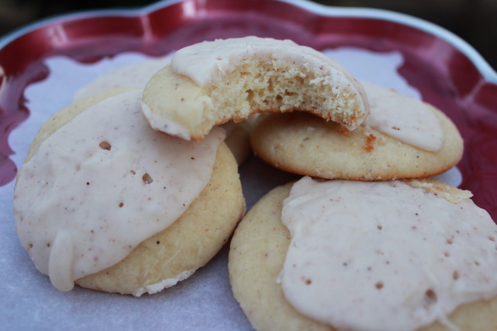 Squirrels-n-Sweets: Iced Eggnog Cookies