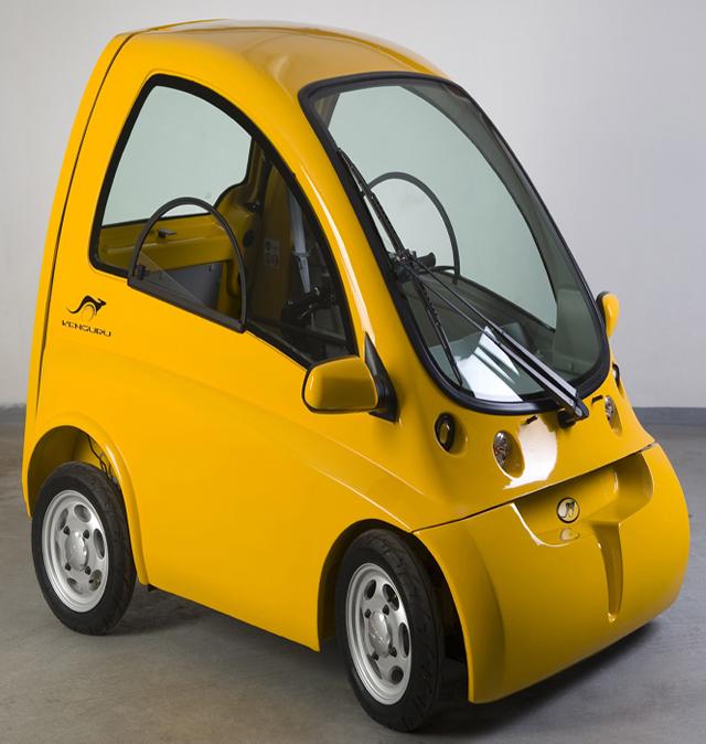 Empresa desenvolve carro elétrico para usuários de cadeiras de rodas