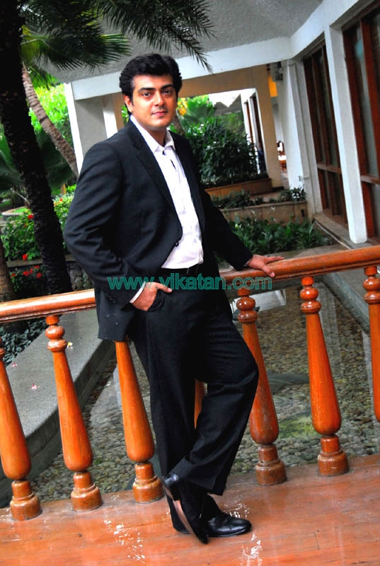 Ajith Kumar's Exclusive Unseen Pictures 32