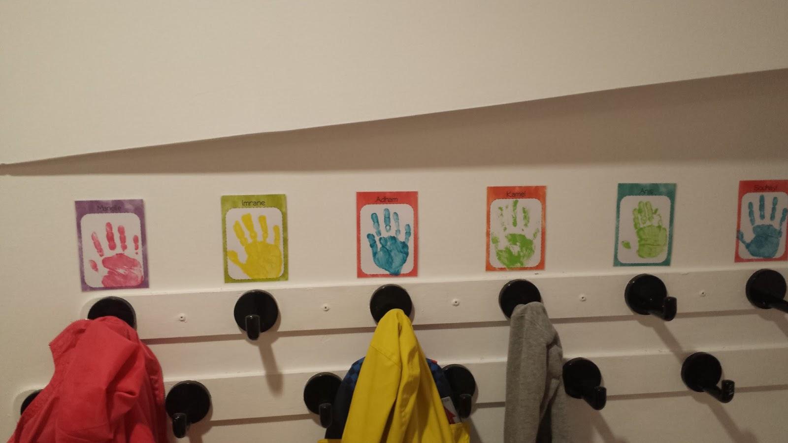 la maternelle de laurène: étiquettes porte-manteaux à personnaliser