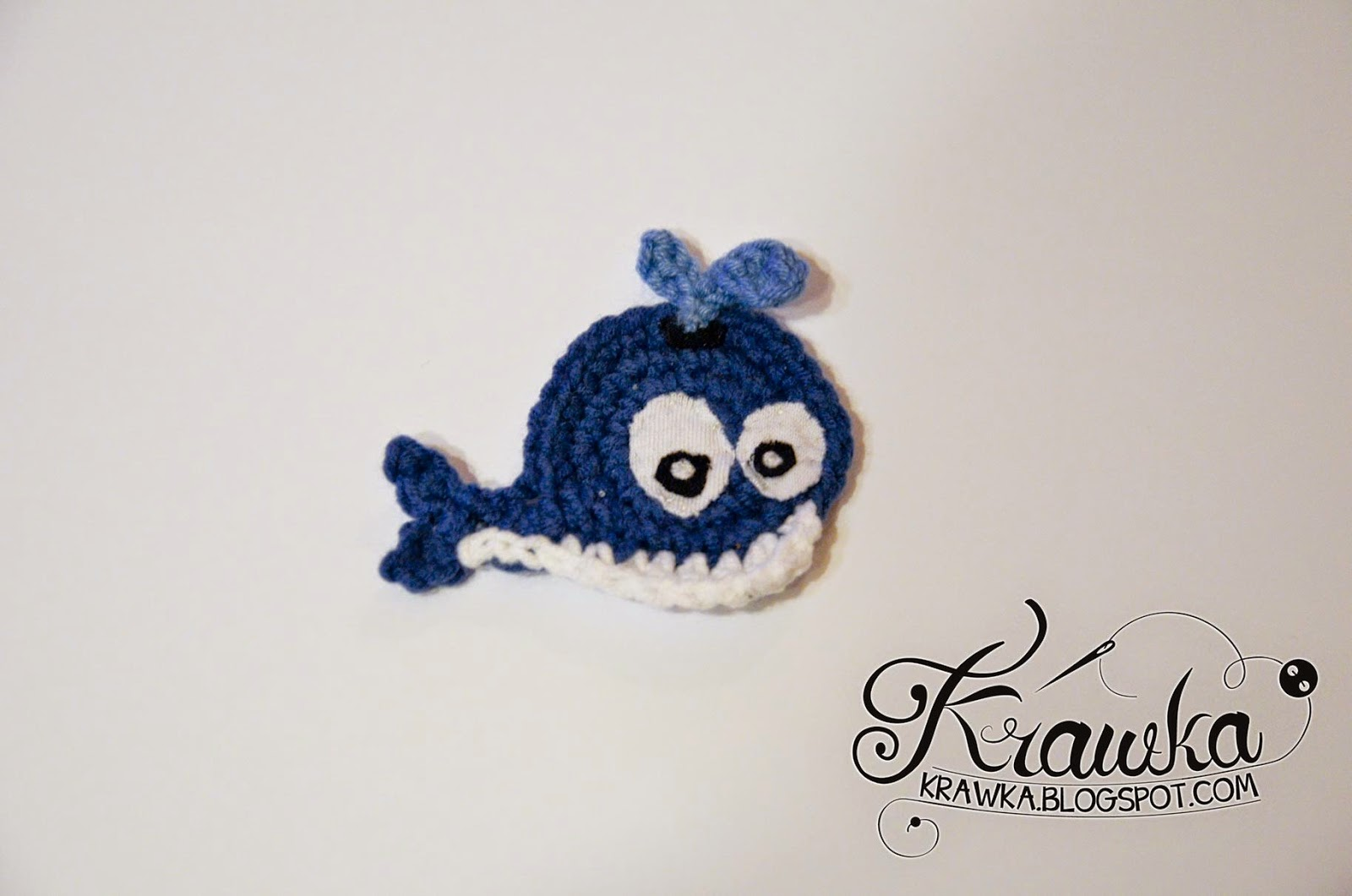 Krawka: Whale applique - free pattern