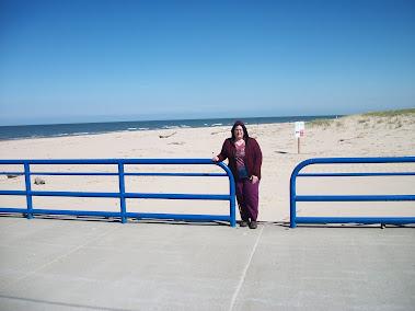Benton Harbor, MI: me