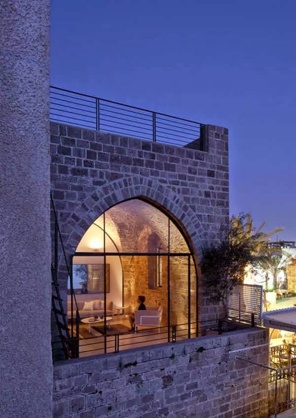 HISTORICAL STONE HOUSE DESIGN BLEND BY CONTEMPORARY DETAILS LIKE