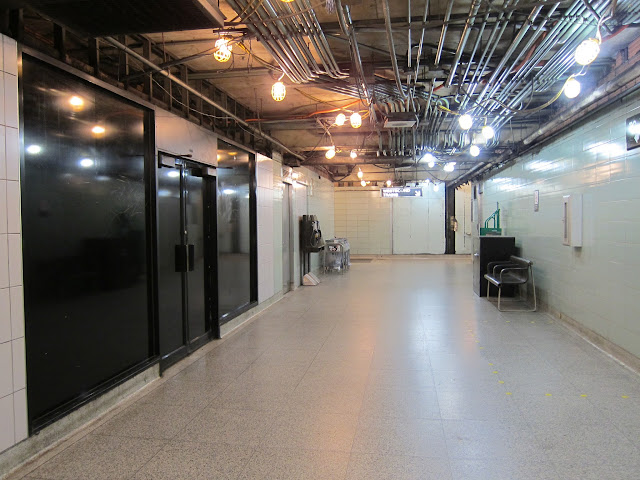 Mezzanine corridor at Woodbine station.