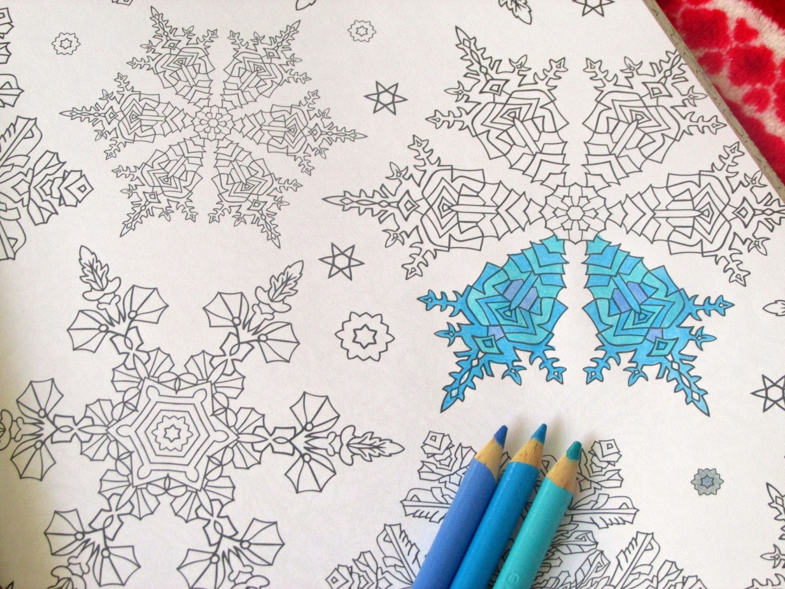 If Youre Looking For An Easy Way To De Stress This Christmas Id Recommend You Get Yourself A Copy Of Zen Colourings Winter Wonderland Colouring Book And