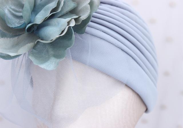 Colección Buceando - Turbante gris flor de cara
