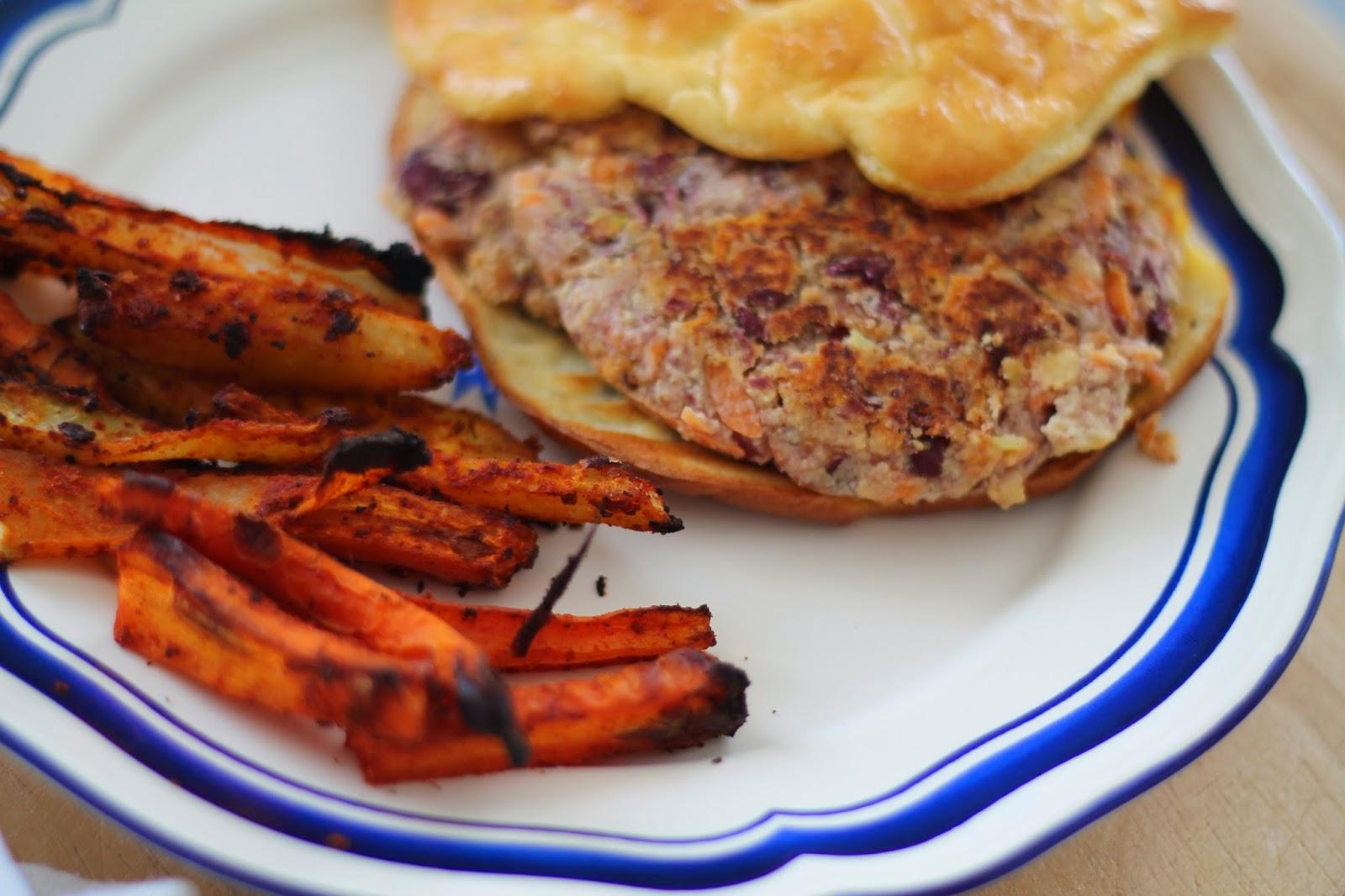 Heathy Eating Clean Eating Gesundes Rezept / Veganer Burger Rezept / Oopsie Burger Rezept / Recipe / #svetlanakocht #topfenistquark