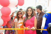 Kiraak Team launches Kaira showroom-thumbnail-6