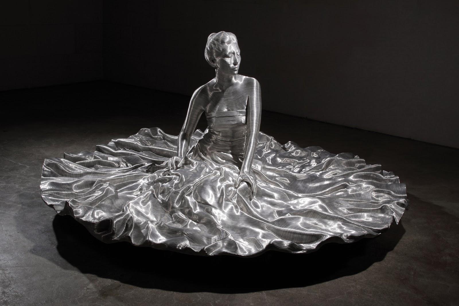 02-Park-Seung-Mo-South-Korean-Artist-&-Sculptor-Wire-Sculpture-www-designstack-co